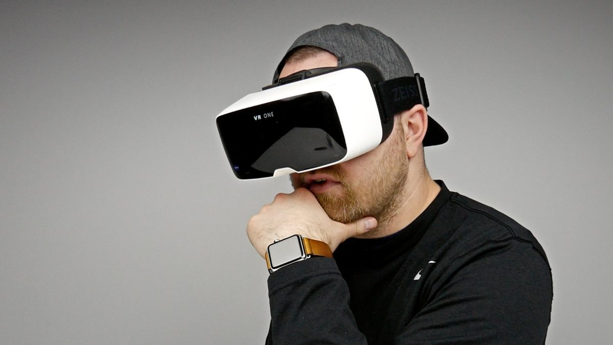 6-Ways-of-Virtual-Reality-in-Marketing-Purposes