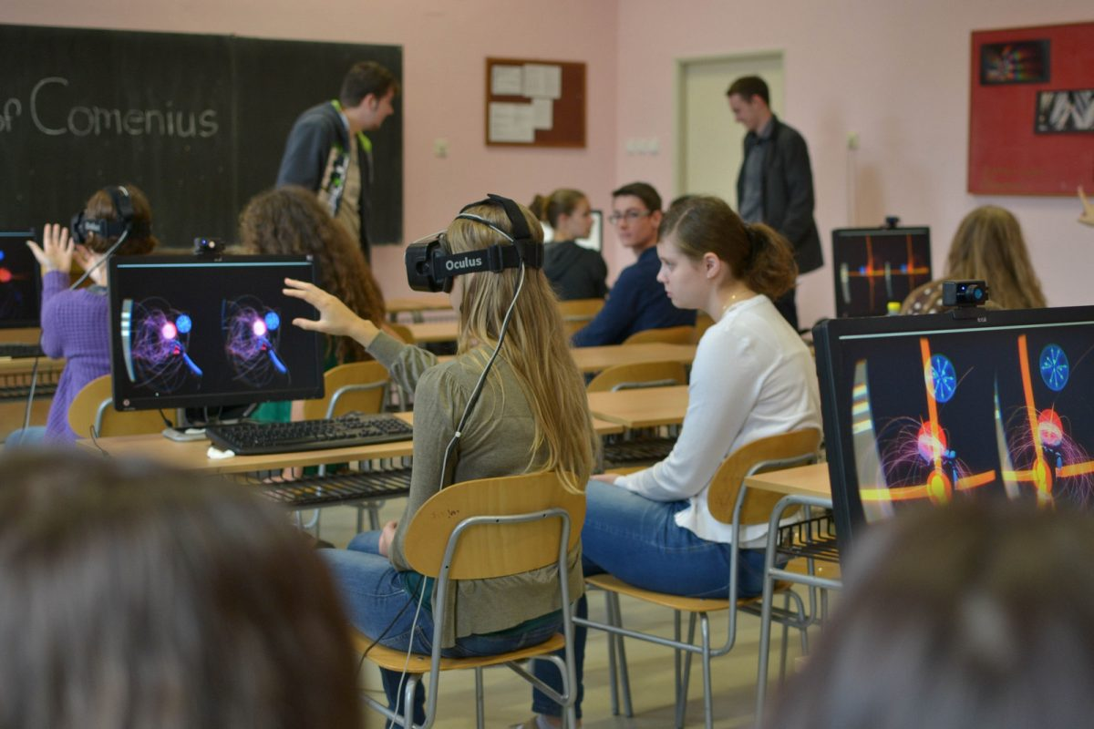 education-department-starts-virtual-reality-challenge