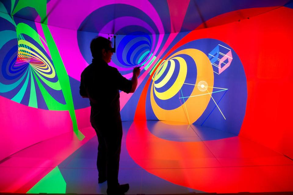 Inside-Yurt-virtual-space