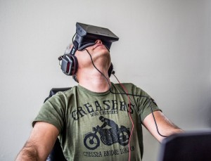 Opinion-corporations-knowingly-now-investing-billions-in-virtual-reality-i-look.net(1)