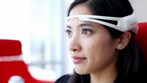Smart-glasses-from-Philips-and-Accenture-will-be-able-to-read-minds-i-look.net