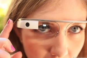 Ukrainian-surgeon-carried-out-the-operation-with-Google-Glass-i-look.net