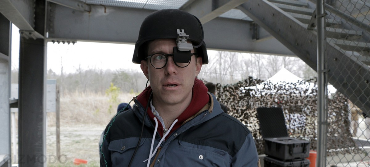 Use-of-smart-glasses-DARPA-for-US-military-industry