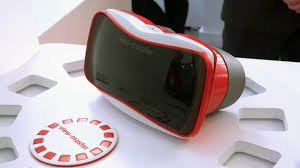 View-Master-wakes-up-in-virtual reality-after-decades-of-idleness