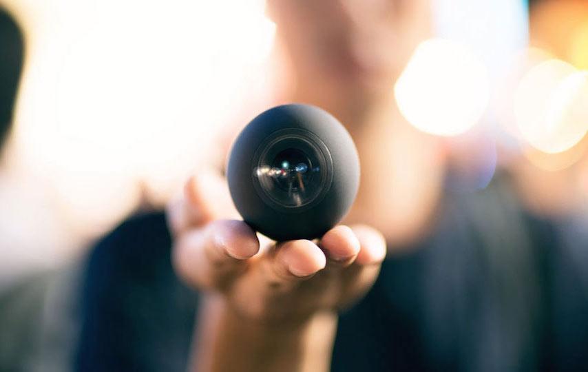 Virtual-reality-camera-Luna-360