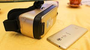 Virtual-reality-headset-ZTE-VR-for-ZTE-Axon 7-smartphone