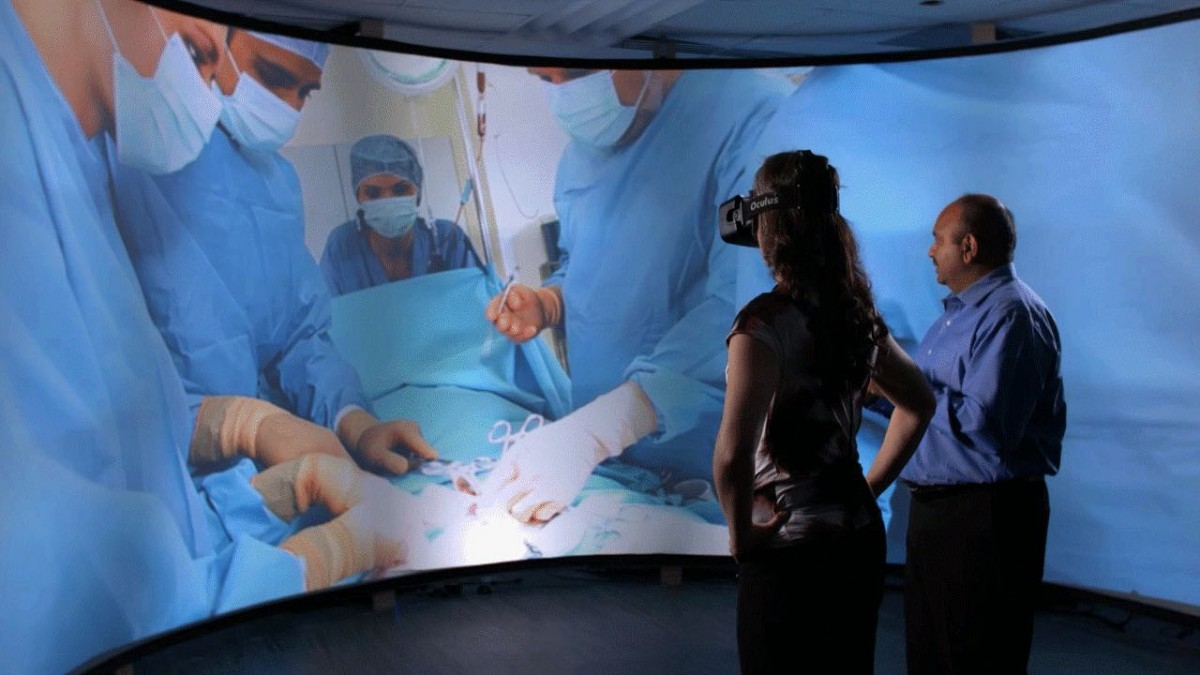 Virtual-reality-in-medicine-and-security