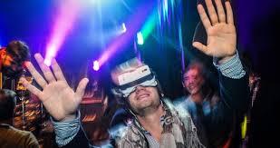 Why-does-Mark-Zuckerberg-love-virtual-reality