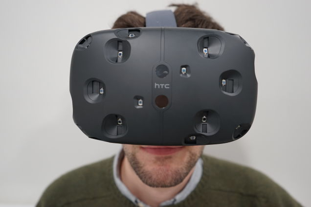 delay-of-htc-virtual-reality-headset