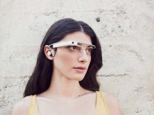 Google будет бесплатно менять Google Glass старой версии на новые